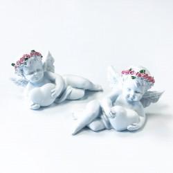 Figura Querubín Corona de rosas con corazón